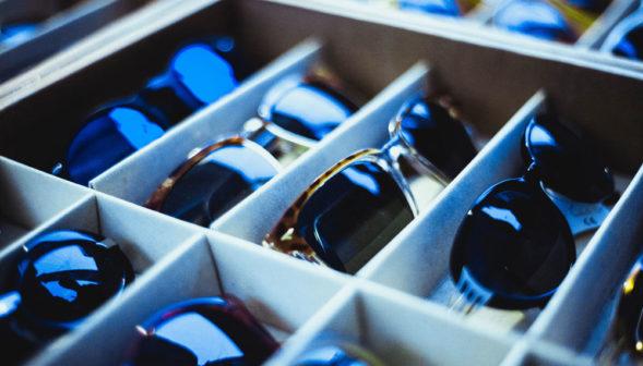 Tiroirs pour opticiens à domicile pour transporter les paires de lunettes